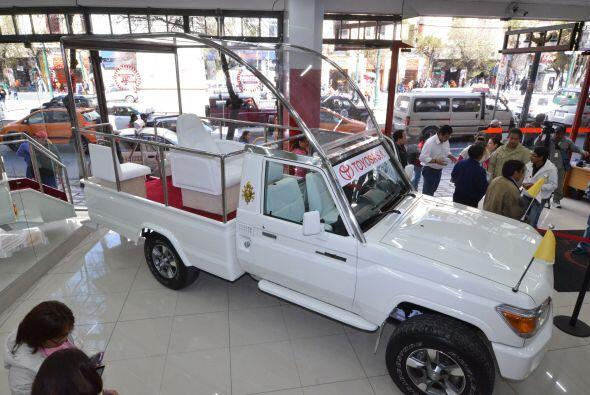 Toyota Land Cruiser:Un acondicionado Toyota Land Cruiser serie 70 pero...