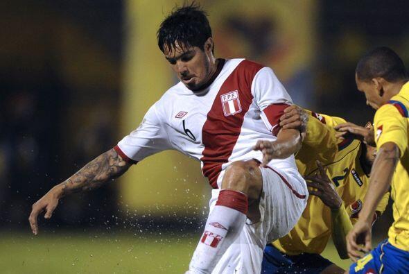 El defensa peruano Juan Manuel Vargas será una de las figuras de Perú en...