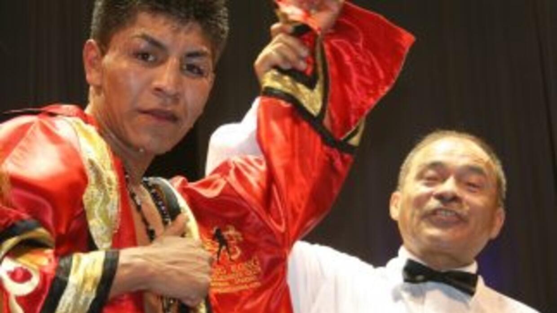 Ortega contra Esquivel por título NABO (Foto: Zanfer).
