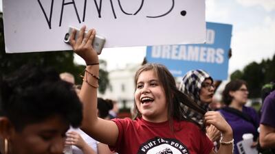 Dreamers durante una protesta para pedirle al Congreso que apruebe una l...