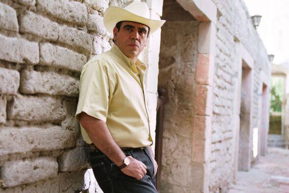 """Así, """"Luis Antonio"""" se va del pueblo con sus dos hijos."""