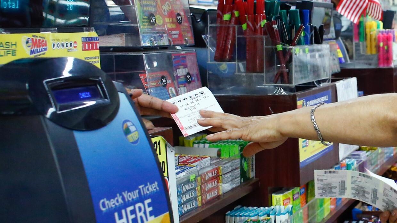 'Los Ángeles en un Minuto': boleto ganador de la lotería Powerball se ve...