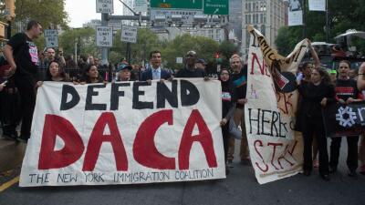 Muchos protestaron en Nueva York por la eliminación de DACA.