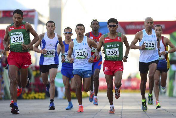 La segunda posición en la maratón varonil centrocaribeña la aseguró el g...