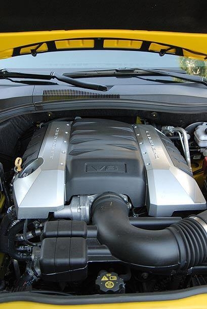 Cuenta con un motor V8 de 6.2 litros con administración activa de combus...