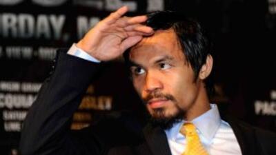 Manny Pacquiao reconoció que sufrió con sus piernas.
