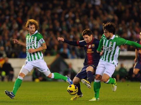 Vaya jornada dominical en la fecha 15 de la Liga española, en la...