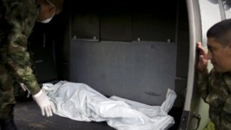 Un rebelde implicado en la matanza de 74 habitantes de una aldea colombi...