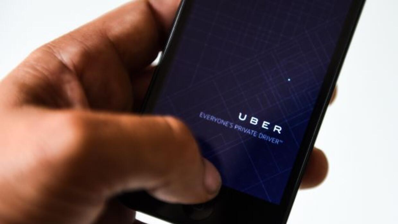 Durante el jueves 23 de abril, Uber dará viajes gratis a los asistentes...