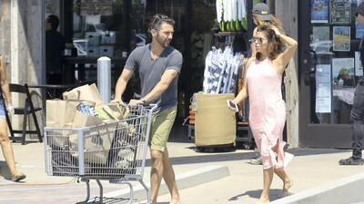 Eva Longoria y Pepe Bastón, la parejita más linda del supermercado