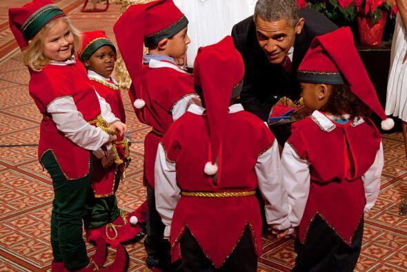 Los Obama estaban muy divertidos interactuando con los pequeños que lleg...