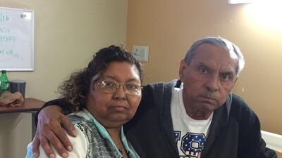 María Elena Hernández junto a su hermano José Vicente, quien falleció en...