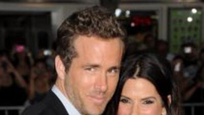 La amistad de Sandra Bullock y Ryan Reynolds vuelve a levantar sospechas...