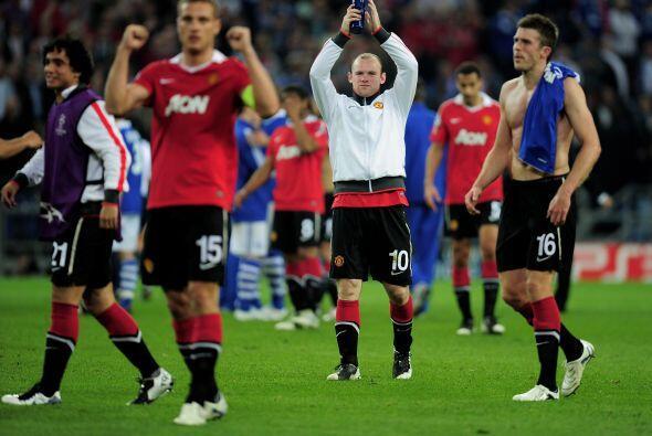 De este modo, el United encarará el juego de Vuelta en Old Trafford con...