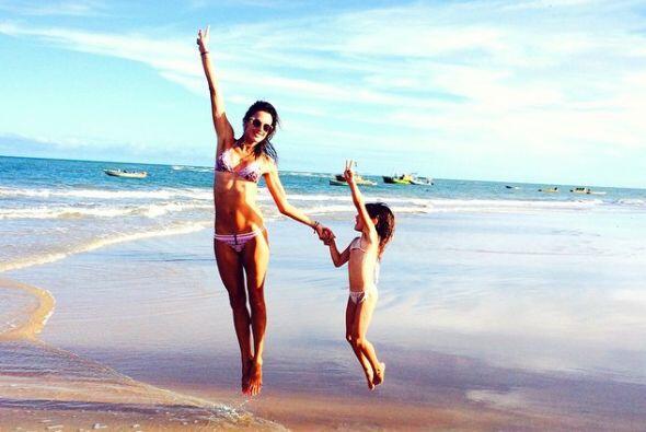 Pero también aprovechó para disfrutar de las playas con su familia.