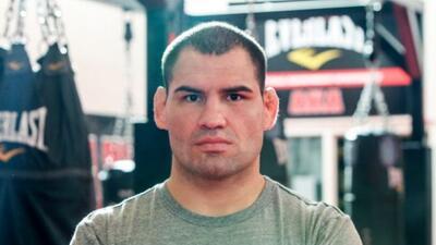 Caín Velásquez volverá a pelear en junio.