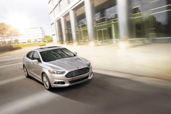 Ford Fusion Hybrid 2015- Ford ha mostrado grandes cambios en la última g...