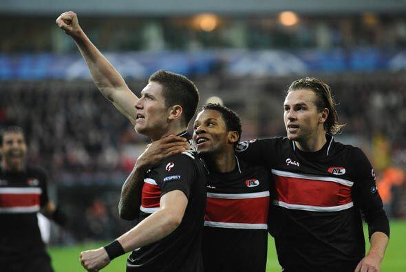 El Standard de Lieja empató con AZ Alkmaar y se quedó con...