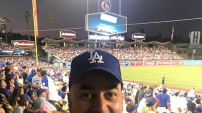 Nunca vemos a Lupillo Rivera tan tierno como cuando está con su esposa