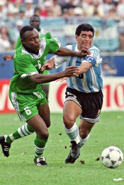 Tras una suspensión de 15 meses en 1991 por dopaje con el Nápoles, el as...