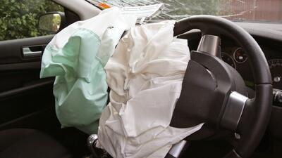 Más de 30 millones de automóviles llamados a revisión por bolsas de aire