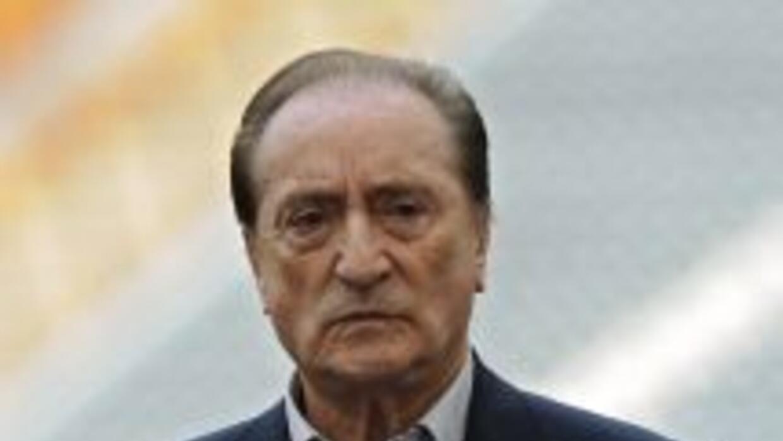 FIFA informó que Eugenio Figueredo, de 81 años, asumirá la presidencia d...