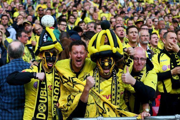 Por momentos el bando de Dortmund parecía más ruidoso.