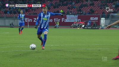 ¡Expertos en triangulaciones! Gran jugada para que el Hertha se ponga al frente de nuevo