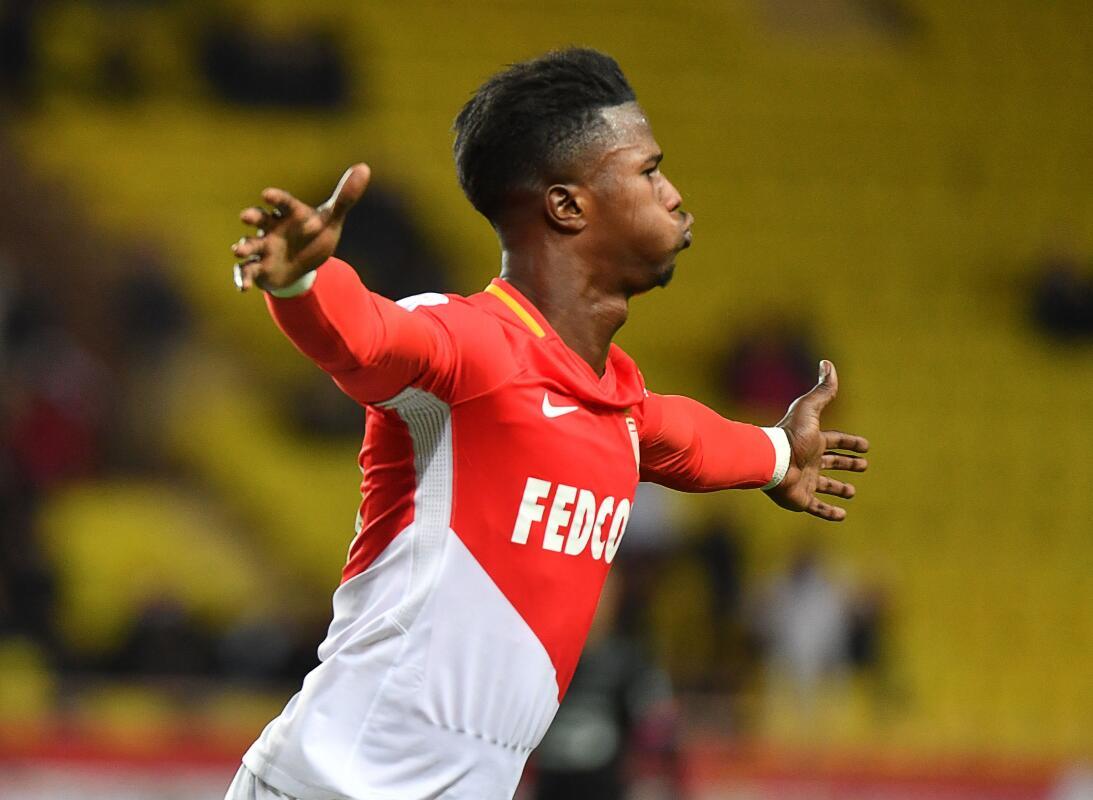 Napoli habría enviado una oferta de 45 millones de euros por Keita Baldé...
