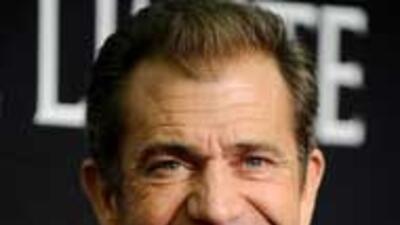 Mel Gibson insultó a un conductor al aire 9c768869d106469aaef3e4e5c31a8e...