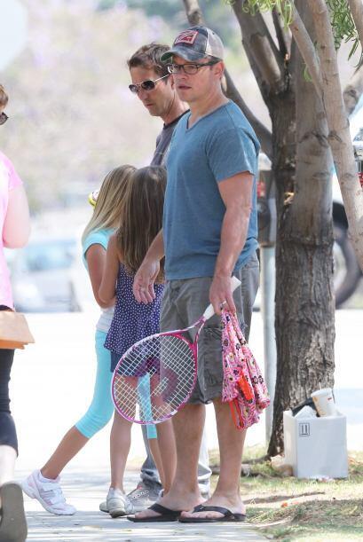 Matt se ha dedicado a sus cinco chicas, las cuida y las ama como nadie.