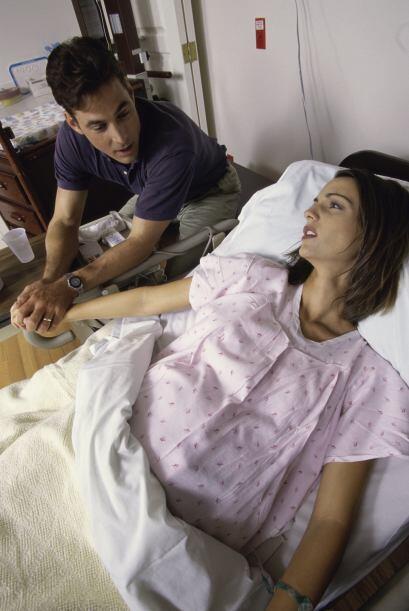 ¿Cómo es el procedimiento? La anestesia es colocada en la parte baja de...