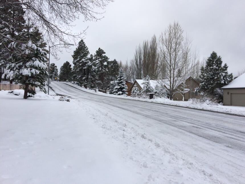 En fotos: La ciudad de Flagstaff amaneció cubierta de nieve IMG_3810.JPG
