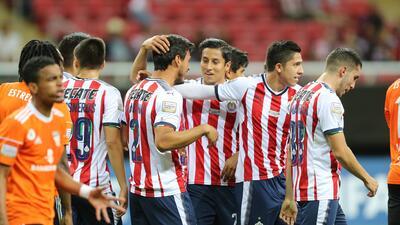 Chivas destrozó al Cibao y se metió en cuartos de la Concacaf Liga de Campeones