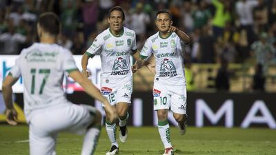 En fotos: León 'despluma' a Querétaro y suma su primera victoria del torneo