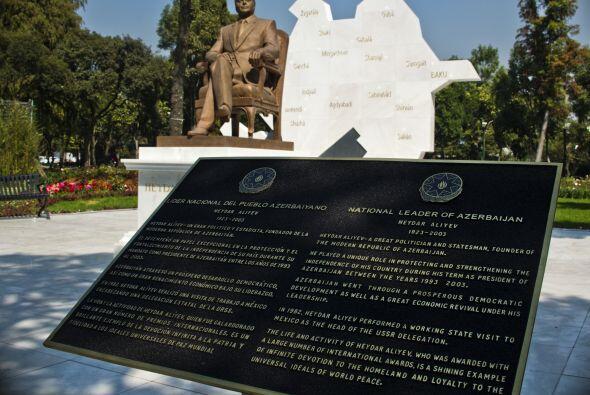 Una comisión recomendó al Gobierno de Ciudad de México retirar la estatu...