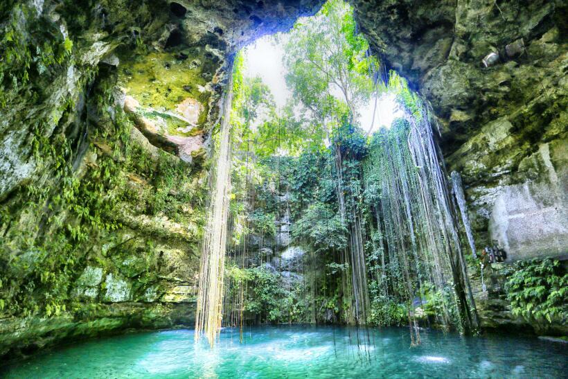 Si usted tiene poco tiempo en Yucatán, el cenote Ik-Kil es el ide...