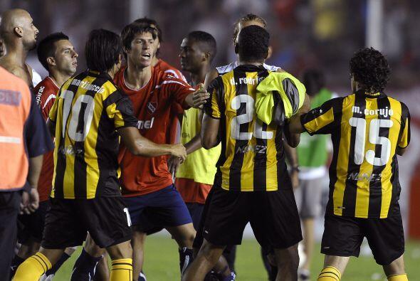 Duelo rioplatense en la Libertadores, Argentinos Juniors visitó al legen...