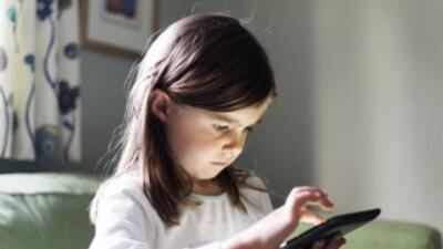 La escuela, también, debe entrenar a su hijo o su hija y a los profesion...