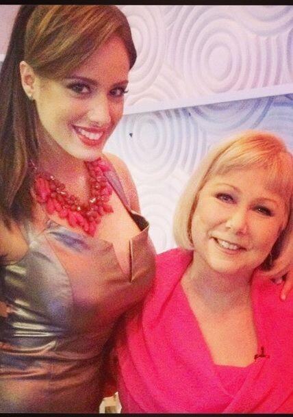"""""""Hoy junto a Cristina para Sabado Gigante. Una mujer única, un honor hab..."""