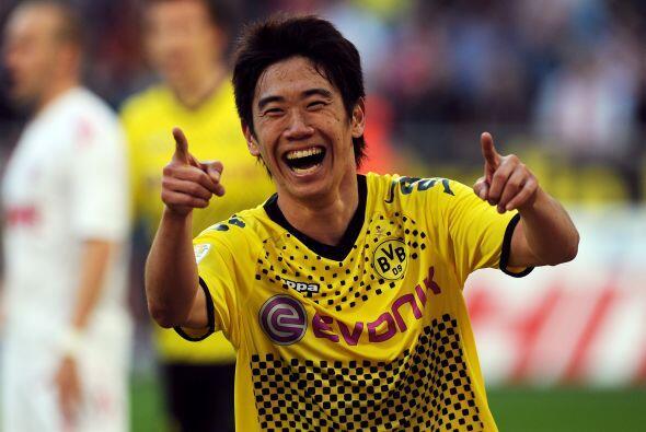 Apenas logró el bicampeonato de la Bundesliga con Borussia Dortmund y Sh...