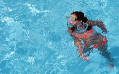 Consejos de seguridad para las reuniones en las piscinas