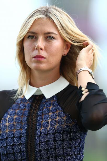 La bellas tenistas deleitaron tanto a fotógrafos como los caballeros que...