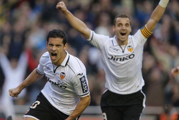 Pero ni el jugar con un futbolista menos afectó al Valencia.