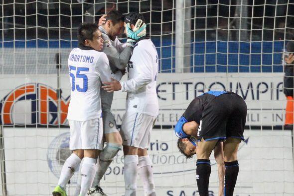 Y justo en el minuto final el propio Denis falló un penalti que habría s...