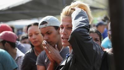 Albergues temporales en California para los migrantes de la caravana comienzan a quedarse sin espacio