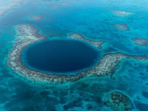 El Gran Hoyo Azul en Belize