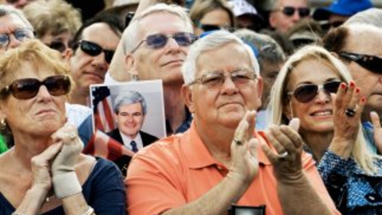 El 31 de enero unos 430 mil votantes hispanos de Florida acudirán a las...