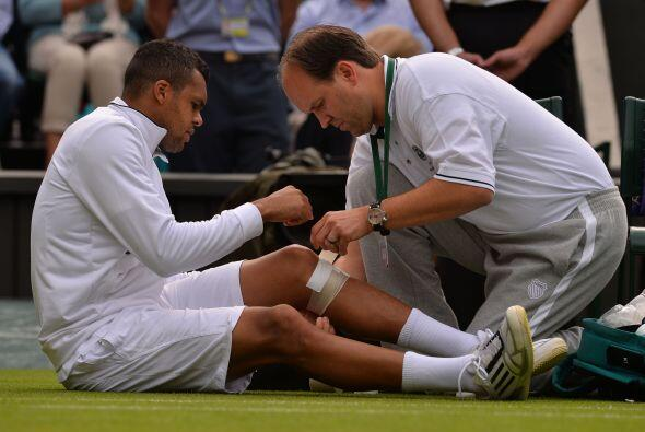 Otro favorito, el francés Jo-Wilfried Tsonga, sexto cabeza de serie en e...