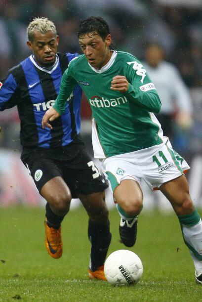 Y fue justo en el 2008 cuando el Werder Bremen no desaprovechó la oportu...